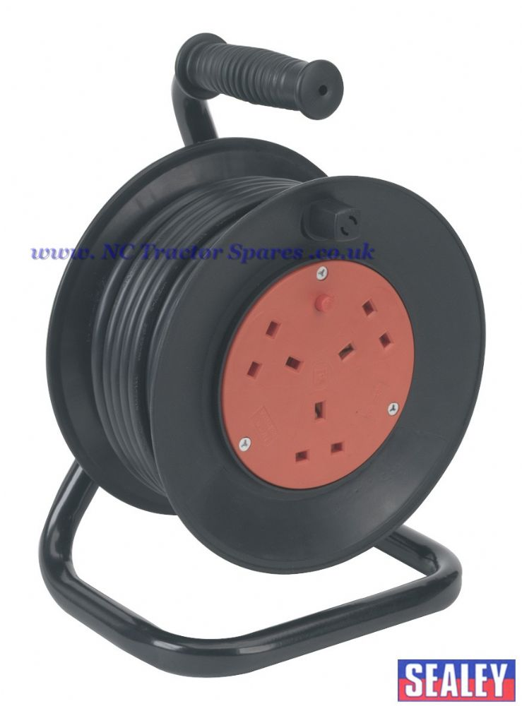 Cable Reel 15mtr 3 x 230V Thermal Trip